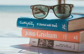 7 Summer Reads Perfect for your Holidays